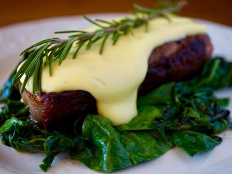 CHEESY BEEF STEAK WITH SPINACH